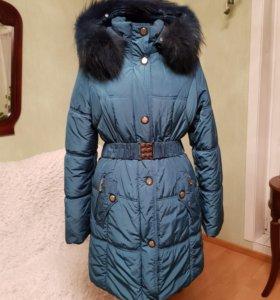 Теплая куртка на синтепоне.новая