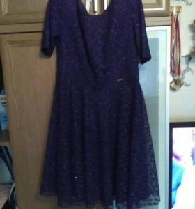 Продам красивое платье , размер 48
