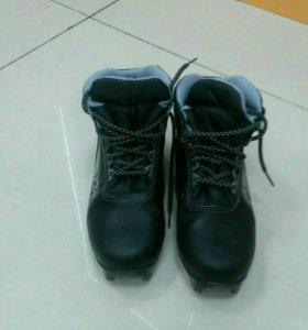 Лыжные ботинки утепленные