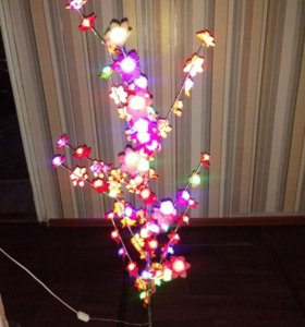 Декор.Дерево светящейся