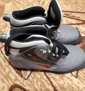 Лыжные ботинки 38 размер