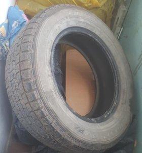 Пара зимних колес 215/65 R16