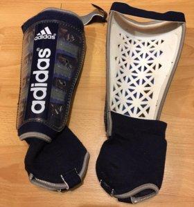 Щитки для футбола Adidas