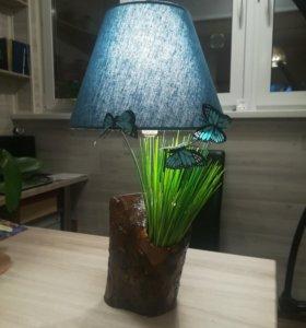 Декоративный светильник ручной работы.