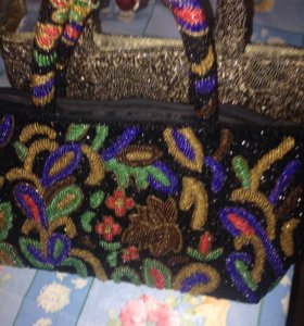 Коктелные сумки из бисера