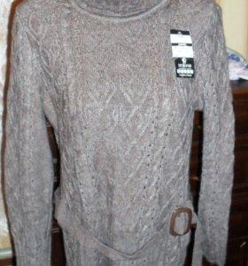 Вязаное платье-туника .