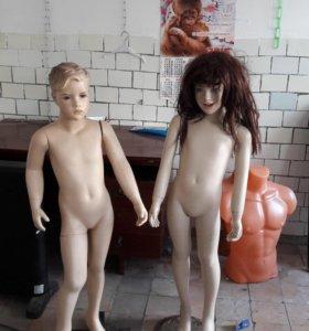 Продаются б/у манекены детские.