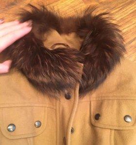 Пальто тёплое с натуральным мехом