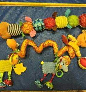 Развивающие игрушки, гусеница на кроватку