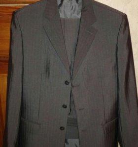 Мужской классический костюм и пиджак
