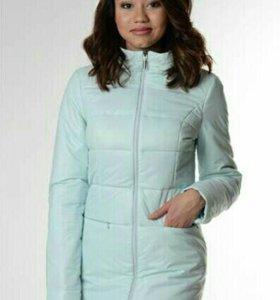 Женская куртка демисизонная 50 размер.