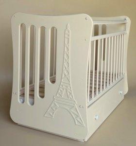 Детская кроватка+комод+матрас