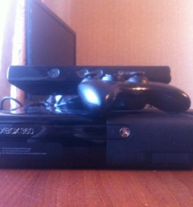 X-BOX 360 E + kinect + 1 джойстик + 7 игр