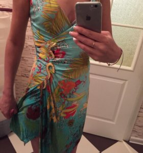 Платье со змеей