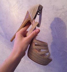 Туфли новые , листай дальше