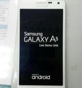 Samsung Galaxy A500 (demo)