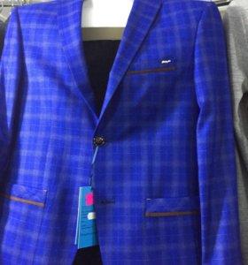 Пиджаки приталенные
