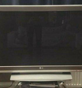 Телевизор плазма в хорошем состоянии
