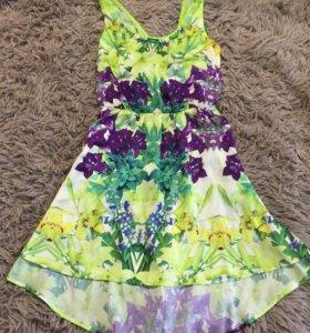 Яркое платье MANGO