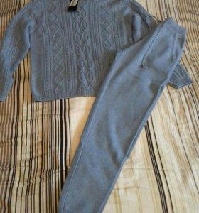 Кашемировый костюм новый