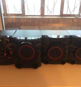 Музыкальный центр, колонки, сабвуфер, LG CM4560
