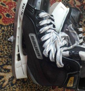 Хоккейные коньки bauer р39-40