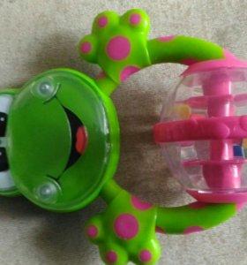 Игрушка развивающая Chicco Лягушка