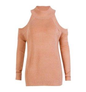 Новый свитер с открытыми плечами