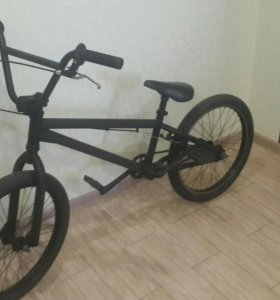 Велосипед BMX HARO в отличном состоянии.