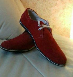 Новые туфли из натуральной замши