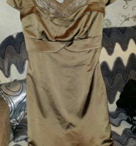 Платье золотисто-песочного цвета. Новое.