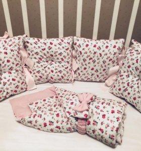 Комплект бортиков в кроватку 14 предметов