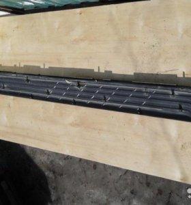 Накладка подножки левая Mitsubishi Pajero 7656A057