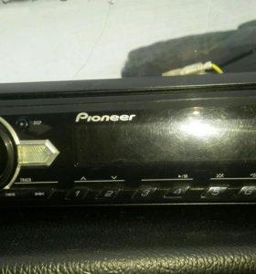 Автомагнитола Pioneer