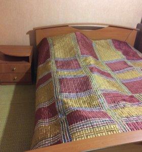 2х спальная кровать и 2 прикроватные тумбочки