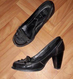 Туфли женские 37-38 размер