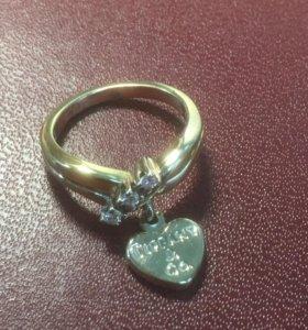 Кольцо в золоте с бриллиантами от Тиффани