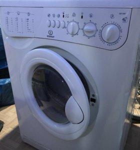Продам стиральную машинку indesit, на запчасти