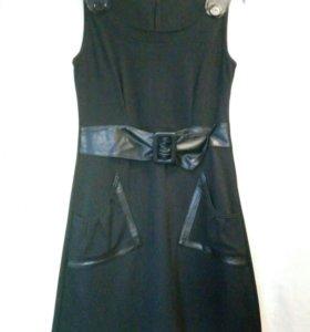 Платье б/у р-р 42-44