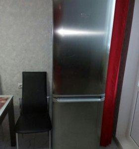 Холодильник Аристон 185 см