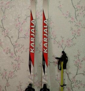 Лыжи,палки и ботинки
