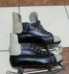 коньки(хоккейные)