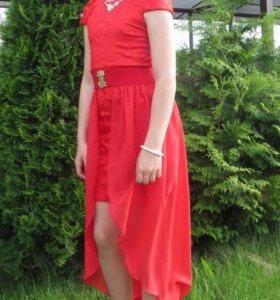 Платье очень красивое!!!