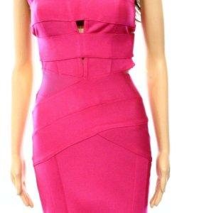 Новое эластичное платье S