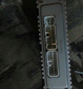 Усилитель и саб LX470