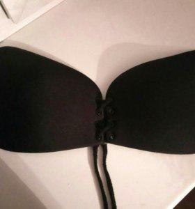 Бюстгальтер без лямок на силиконовой подкладке