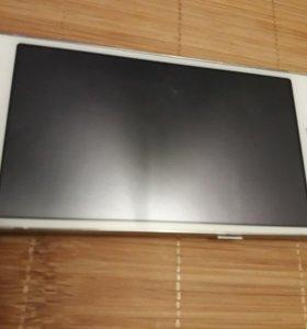 Смартфон SAMSUNG SM-G530H/DV