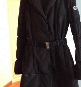 Пальто armani демисезонное