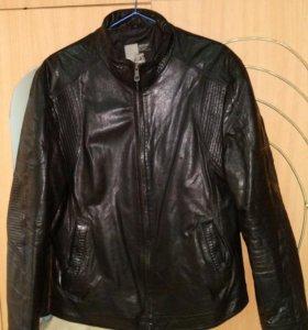 Кожаная чёрная куртка (натуральная кожа)