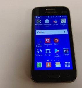 Смартфон Samsung Galaxy Ace 4 Duos SM-G313HU/DS